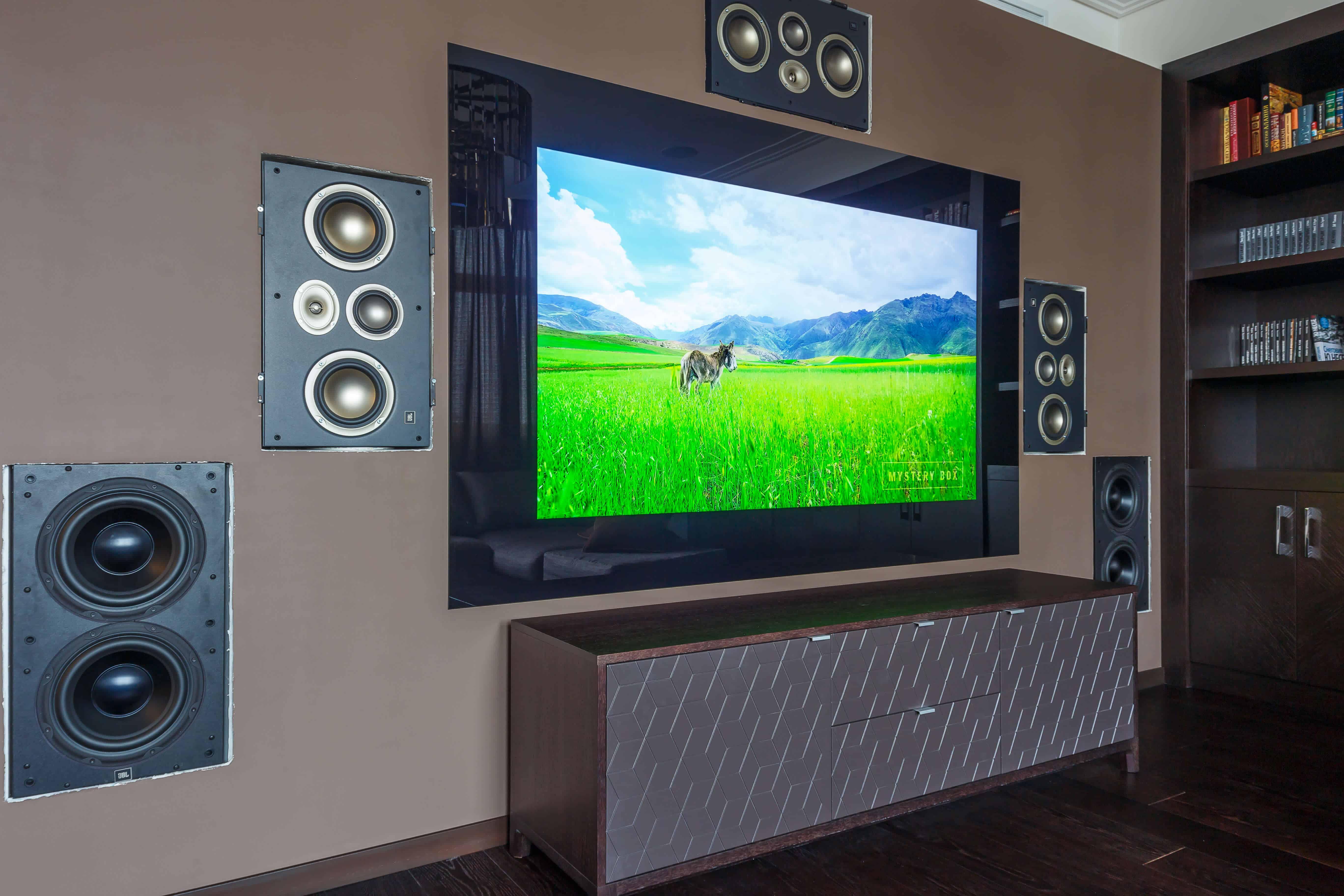 стеклянный телевизор